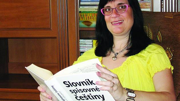 Autorka knihy Čeština pro všechny.