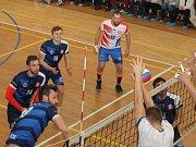 V zápase o konečné 3. místo v I. lize porazili volejbalisté Sokola Bučovice (modré dresy)  MFF Praha 3:1.