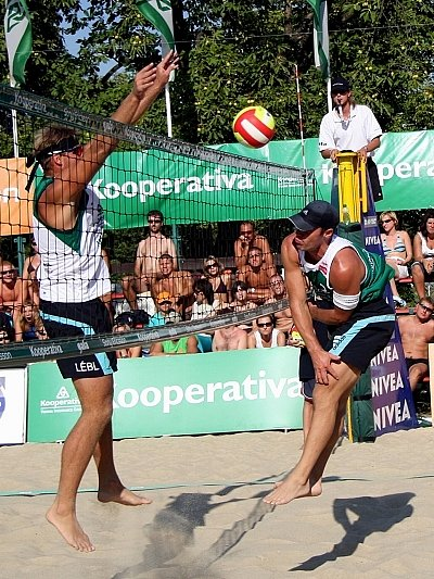 Finále Kooperativa Cup 2007. Kubala a Pavlas versus Lébl s Bízou.