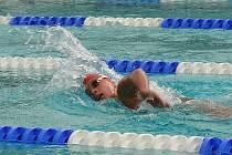 Ze svěřenců Klubu plaveckých sportů Vyškov to v Praze nejlépe plavalo Martině Skývové. Její osmnáctá pozice z prsařské padesátky jistě není k zahození.