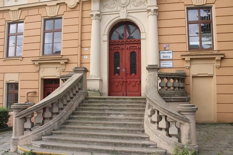 Základní škola Nádražní ve Vyškově.