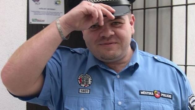 Pavel Ehrenberger z Vážan nad Litavou se od prvního ledna stal šéfem slavkovských strážníků.