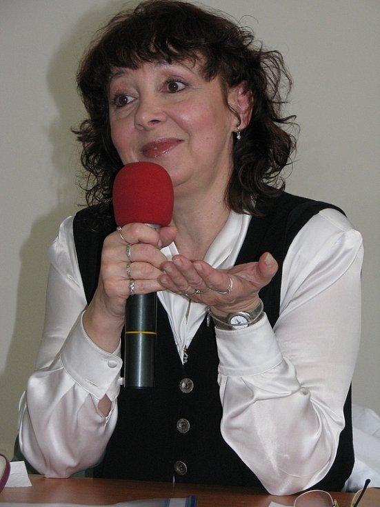 Populární zpěvačka Eva Hurychová