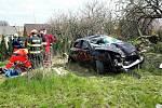 Zásah hasičů po dopravní nehodě na dálnici D46 u Drysic.