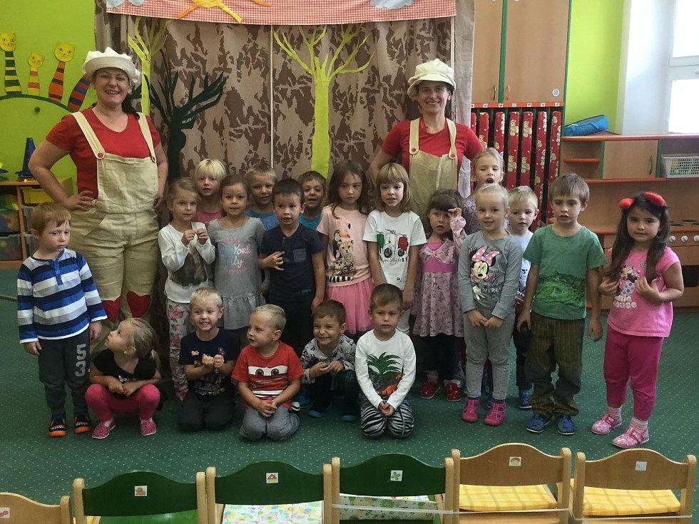 Děti z Mateřské školy Bučovice, pracoviště Školní ulice.