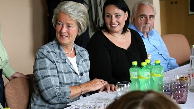 Dcera válečného hrdiny Františka Vrány našla rodinu v Němčanech.