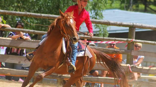 Ranč Manner u Bohdalic v sobotu ožil mistrovstvím republiky ve westernových disciplínách.