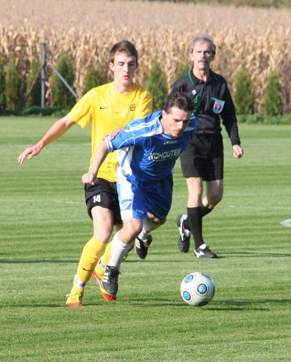 V utkání okresního přeboru zvítězili fotbalisté Letonic na hřišti v Lysovicích 3:1.