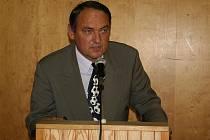 Nový předseda okresního fotbalového svazu Miloslav Brtníček preferuje podporu mládeže a bude slyšet na hlasy i z nejmenších klubů.
