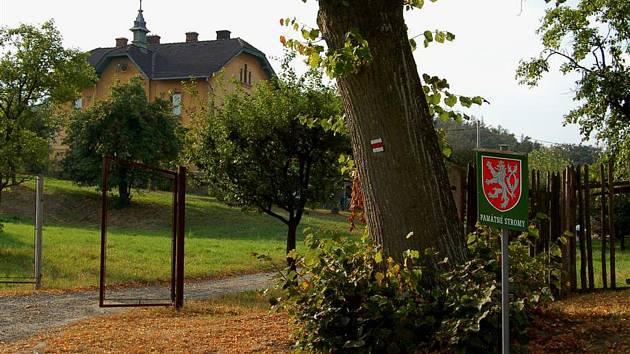 Rychtářov byl dříve samostatná obec. Dnes je součástí deset kilometrů vzdáleného Vyškova.