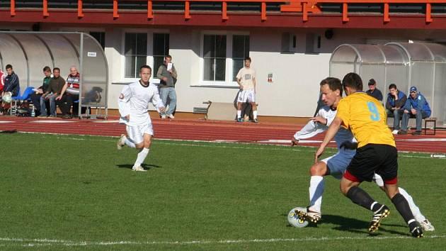 Atraktivní fotbal předvedli hráči Vyškovského Rostexu s Konicemi.