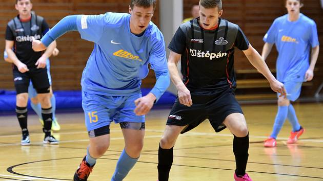 Ve futsalovém vyškovském divizním derby prohrál Lazor-Domus s Brikety-pelety Štěpán 3:8.