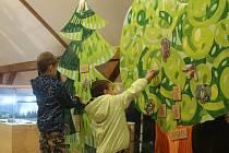 Vzdělávací dřevěný strom.
