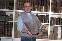 Jako kněz působí Maximilián Vladimír Filo v Bučovicích už dvacet let, zároveň učí na Teologické fakultě v Olomouci a je místopředsedou Diecézního církevního soudu v Brně.