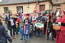 Tradiční Ostatky oslaviliv v Olšanech v neděli. Foto: archiv obce