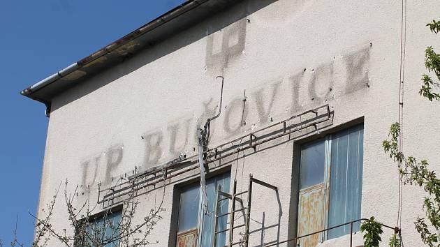Areál bývalého nábytkářského gigantu UP v Bučovicích.