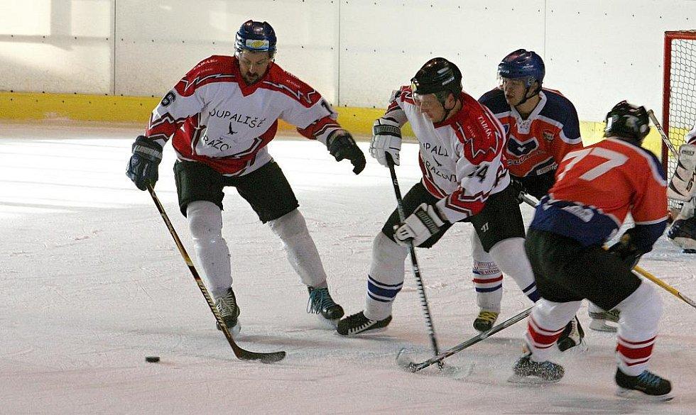Hokejisté Dražovic v utkání s Lulčí.