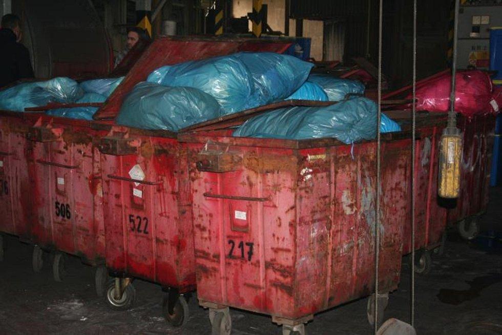 Ve vyškovské spalovně Ekotermex shořelo pod dohledem policie téměř půl tuny drog a materiálu na jejich výrobu.