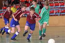 Halové turnaje jsou v současné době už nedílnou součástí zimní přípravy fotbalistů všech věkových kategorií. I pro ty nejmladší bývají i vítaným zpestřením programu, založeného především na nabírání fyzické kondice.