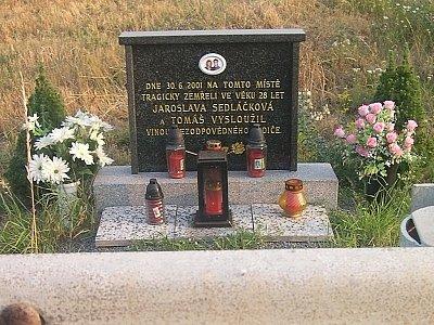 I mezi Ivanovicemi a Hošticemi-Herolticemi zhasl život dvou mladých lidí.