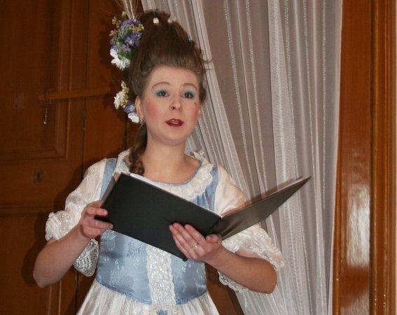 Na slavnostním zahájení sezony slavkovského zámku se také zpívalo.