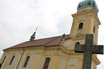 Kostel svatého Martina nad Lulčí se letos dočká první etapy opravy střechy.