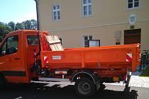 Komořany si dlouhodobě pronajaly nákladní auto pro svoz bioodpadu.