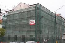 Greplův dům ve Vyškově dostává novou fasádu.