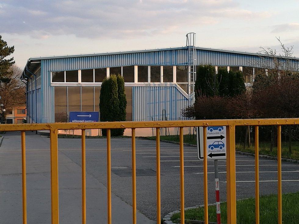 Sportovní hala při Základní škole Purkyňova.