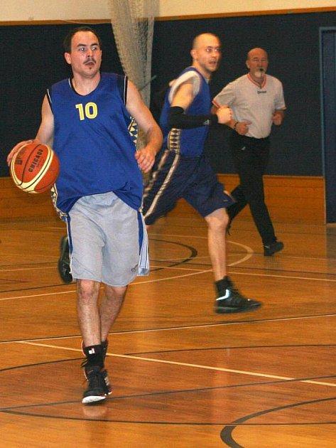 Basketbalista Vyškova Michal Kaňa.