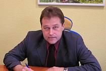 Ředitele frýdecko-technických služeb Jaromíra Kohuta lze spatřit také na kole, na běžkách i při plavání v bazénu.