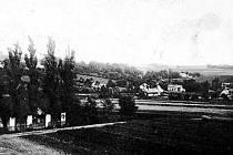 KRMELÍN v roce 1921. Pohled od kostela sv. Jana a Pavla směrem na Brušperk.