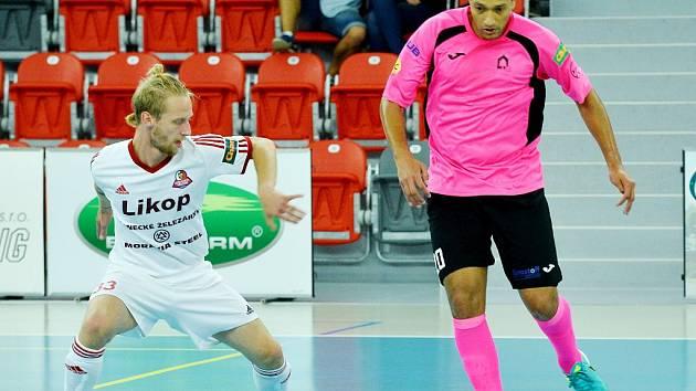 Třinečtí futsalisté jsou po čtrnácti odehraných zápasech na 10. místě průběžné tabulky.
