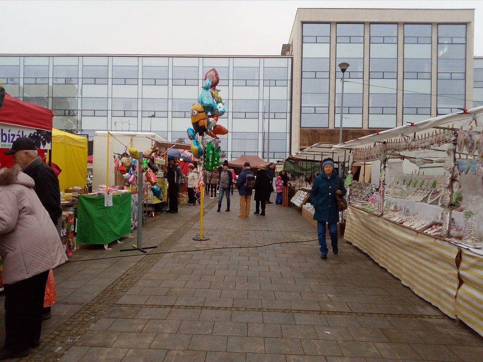 Tradiční mikulášský jarmark se v Třinci uskutečnil také v neděli 3. prosince 2017.