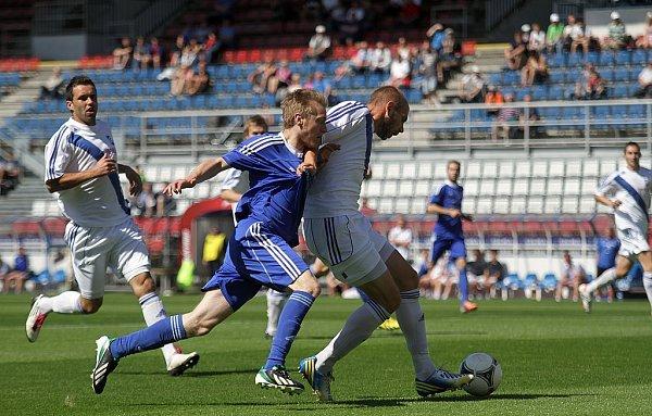 Fotbalisté Sigmy Olomouc B (vmodrém) remizovali vMSFL sFrýdkem-Místkem 0:0.