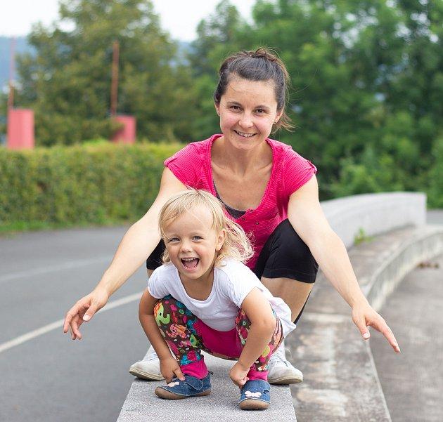Eva Čavoj založila cvičení pro maminky sdětmi vTřinci. Foto: archiv Evy Čavoj