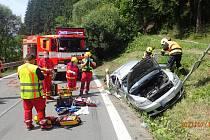 K dopravní nehodě ve Starých Hamrech na Frýdecko-Místecku vyjížděli v pátek 16. července moravskoslezští hasiči.