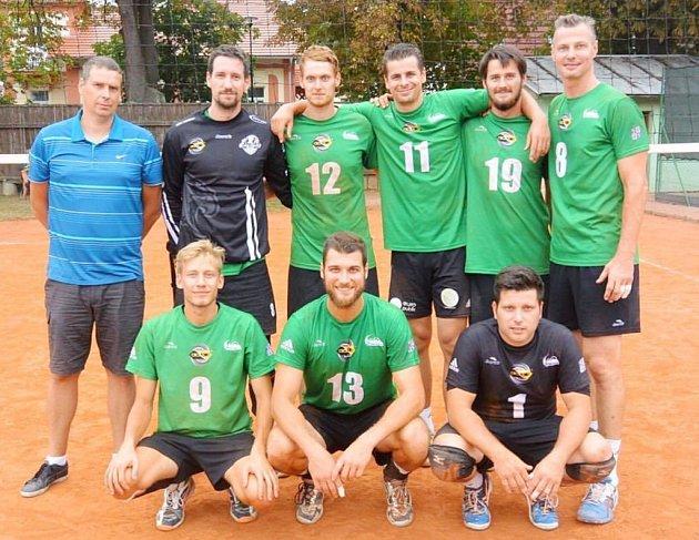 Volejbalisté BV Beskydy skončili v Bučovicích na stříbrné pozici.