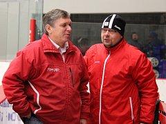 Trenéři-kolegové opět spolu. Aleš Mach (vlevo) a Jiří Juřík.