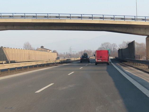 Protihlukové zdi u dálnice D48 v okolí Frýdku-Místku čekají změny.