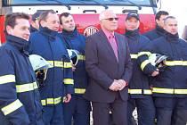 Jeden z nejslavnějších okamžiků v historii SDH Guty přišel 9. února 2007. Prezident Václav Klaus se s hasiči vyfotil a podepsal se jim do kroniky.