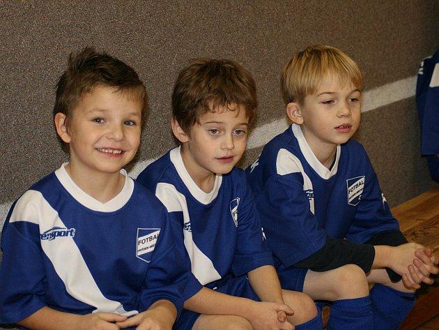 V tělocvičně 1. ZŠ ve Frýdku-Místku proběhl v minulém týdnu Mikulášský turnaj nejmladších přípravek ve fotbale.