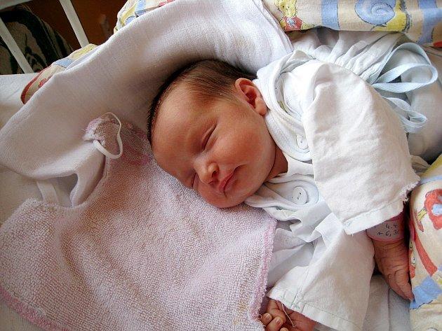 Natálie Srnadlová, Frenštát pod Radhoštěm, nar. 4.4.2009, 48 cm, 2,90 kg, nemocnice Nový Jičín.