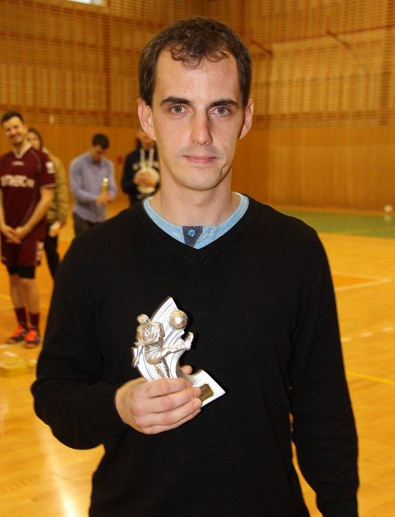 Nejlepším střelcem finálového turnaje se se čtyřmi góly stal Radim Pařenica z Nejlevnějších plotů.
