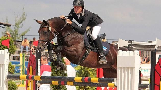 Vítěz soutěže S** - 130 cm Jan Zwinger na koni Sisi 5 (JK Mustang Lučina).