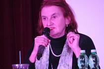 Eva Holubová.