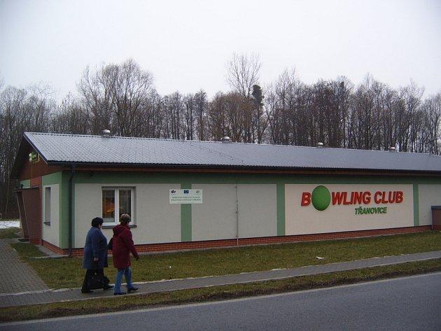 Budova Bowling clubu v Třanovicích.