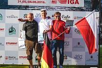 Palkovický windsurfista Luboš Mielec (zcela vlevo) si v lotyšské Rize vyjel ve velké konkurenci své kategorie krásné druhé místo.