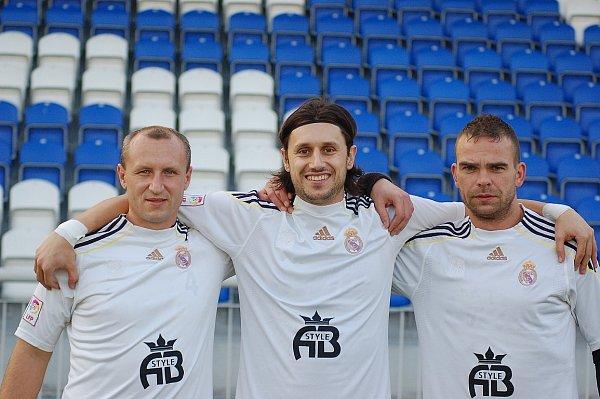Martin Šrámek uprostřed
