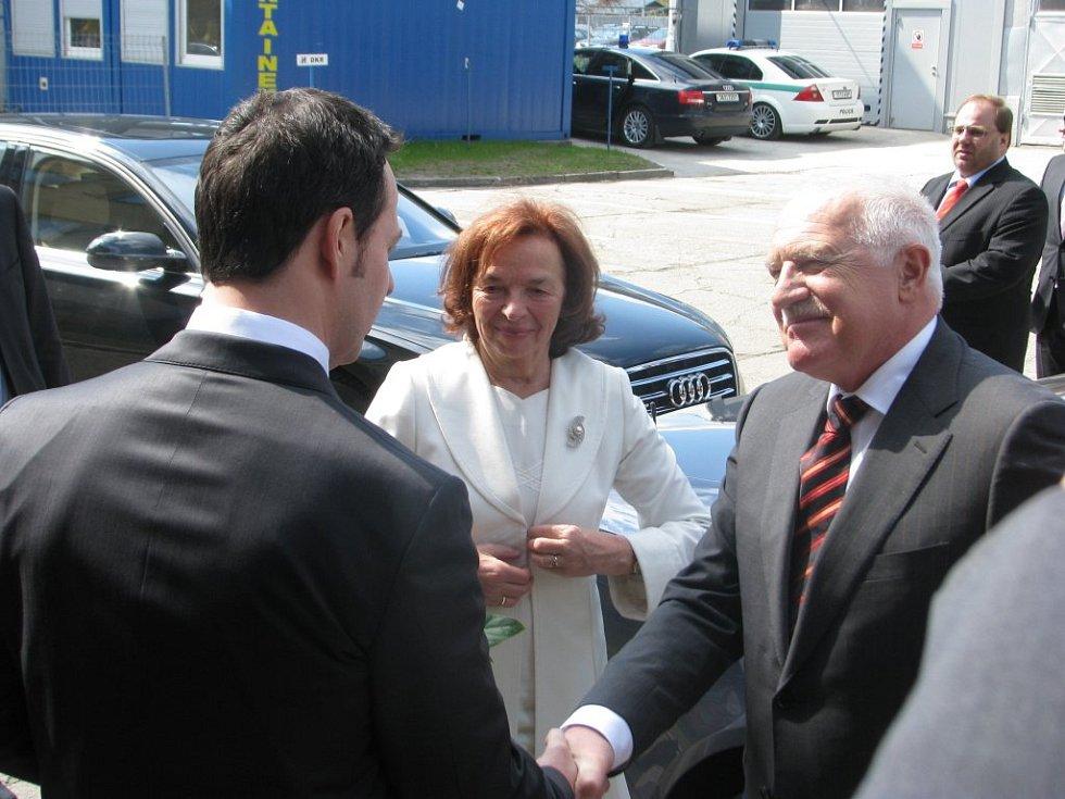 Prezident Václav Klaus navštívil v dubnu společně s manželkou Sviadnov.